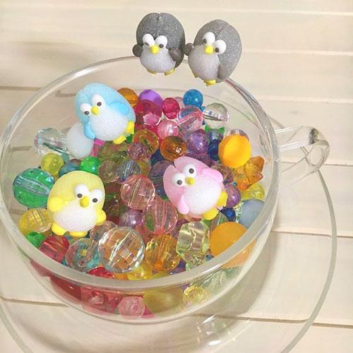 コップのフチにはさめるシュガーに新作登場!今度はペンギン。