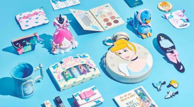 「シンデレラ」が公開されてなんと70周年!ディズニーストアで記念アイテム発売中
