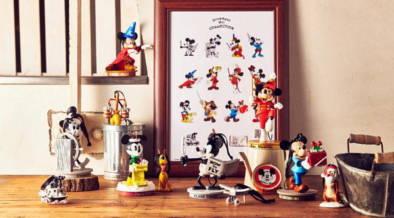 今年はミッキーマウススクリーンデビュー90周年。オンラインストアでは記念グッズが11/9から先行発売中!